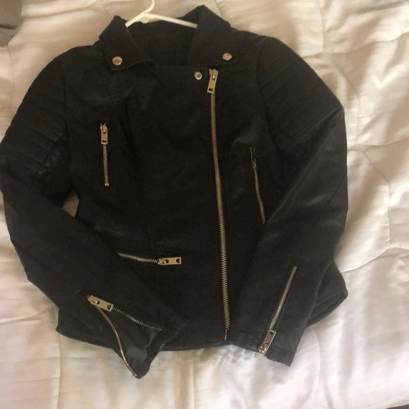 Blank NYC Jackets & Blazers - Women's black zipper leather jacket